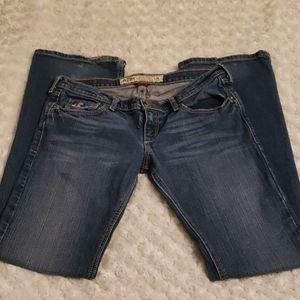 Hollister Jean's bootcut size 3, inseam 30 stretch